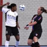 Zaalvrouwen vv Pernis verdedigen koppositie in topper tegen Zuidoost United