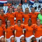 Zaalvoetbalvrouwen komen net tekort (incl. VIDEO)