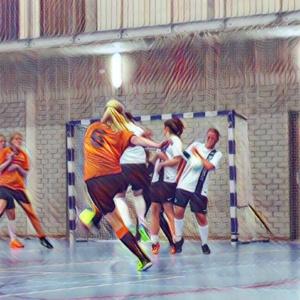 De dames van Bristol Team/Budgetisolatie.nl trekken hun prima seizoenstart door
