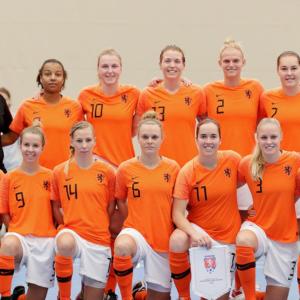 Hoofdrol Milenca van Ee in zege Oranje-zaalvoetbalsters