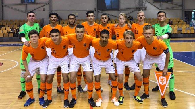 Laat gelijkspel voor zaalvoetballers Oranje 19