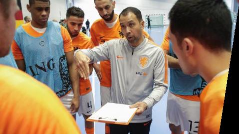 Trainingsstages voor Oranje zaal