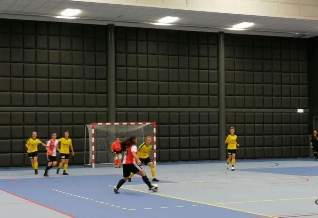Zaalvrouwen TPP/Feyenoord Futsal winnen 1e bekerduel van Reiger Boys
