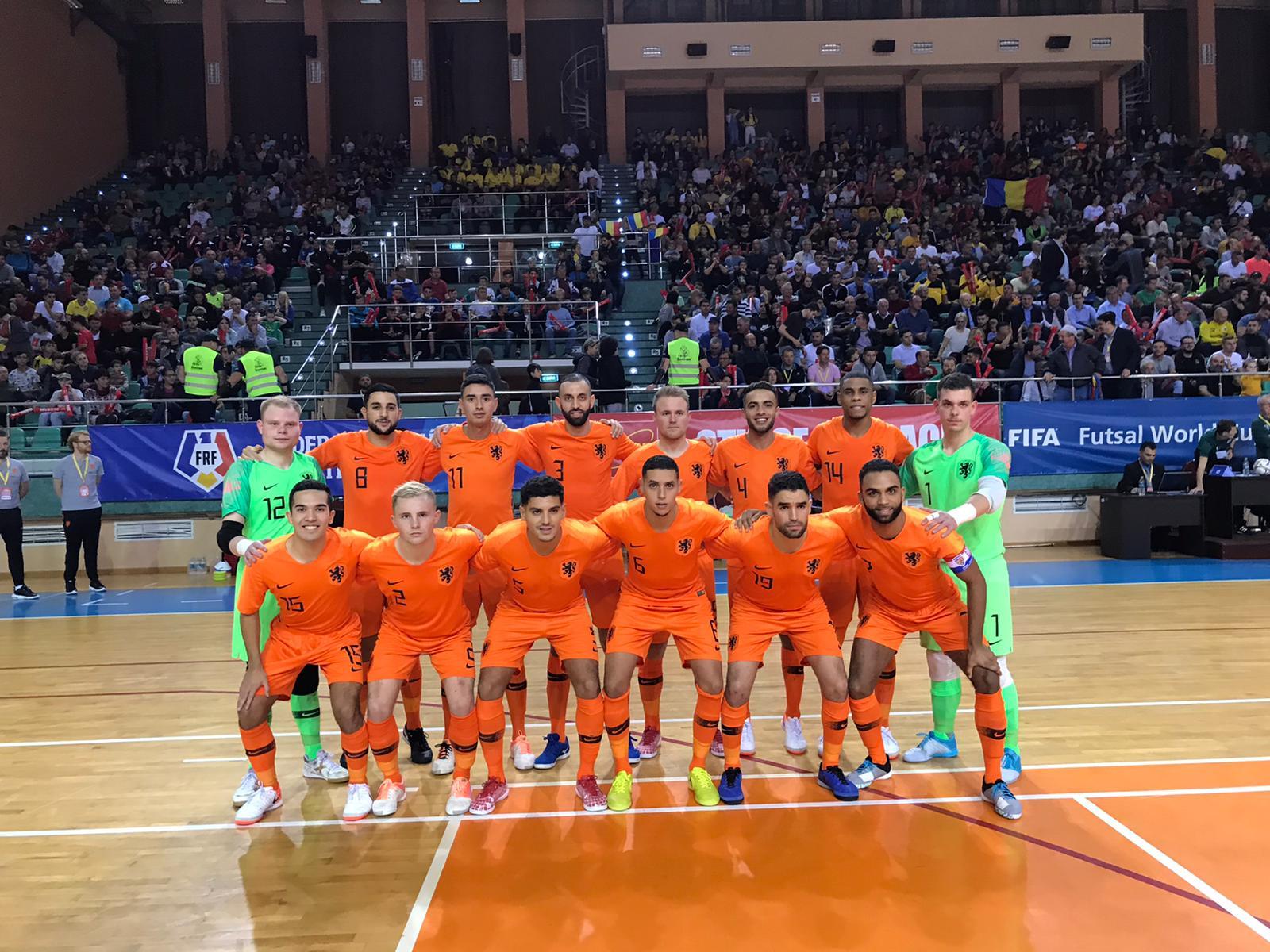 Oranje verliest van sterk spelend Kazachstan