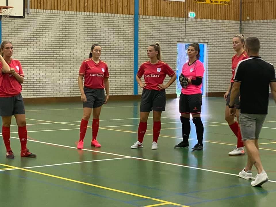 Dames ZVG/Cagemax verslaan ZVV Den Haag na sterke slotfase