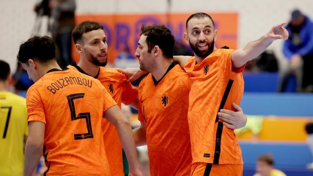 Oranje speelt in april een tweeluik tegen Kosovo